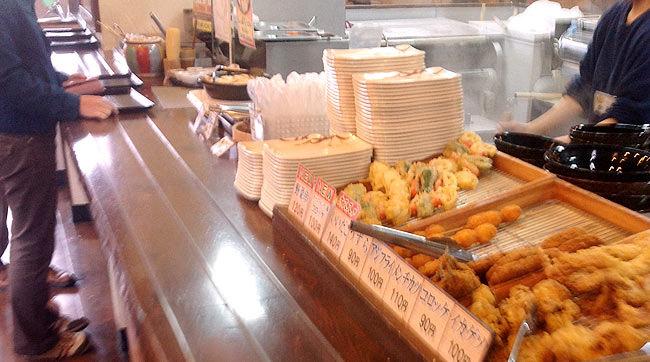 「こだわり麺や 宇多津店」はセルフうどん