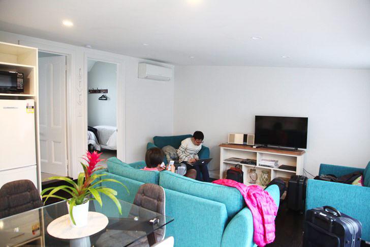Airbnbで借りた家のリビング