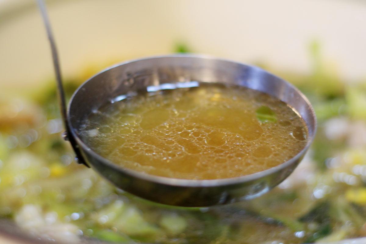 赤門屋のスープが激ウマ