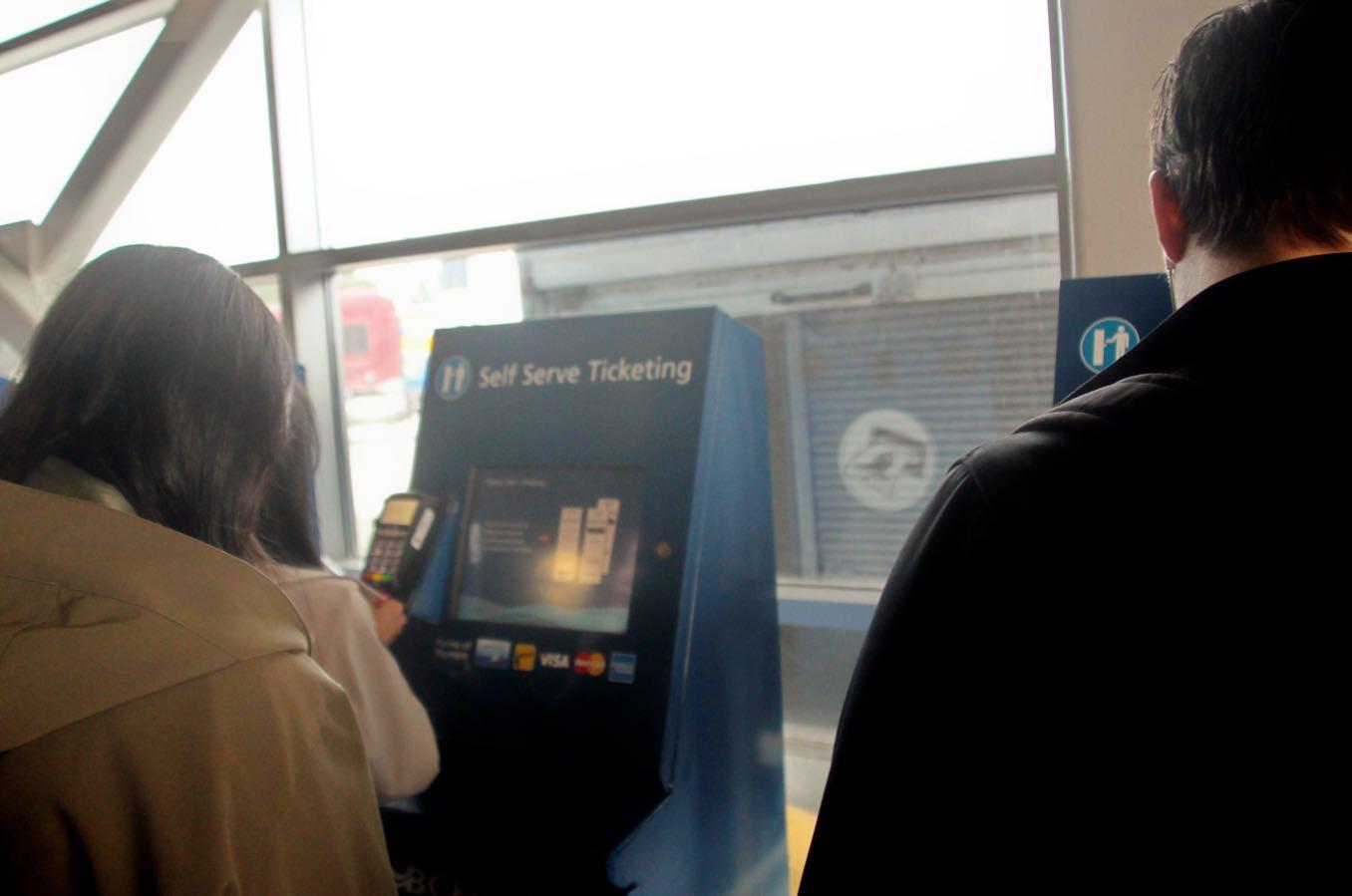 BC Ferriesの券売機