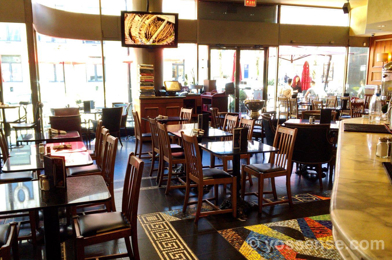 Bellaggio Cafeのアンティークな雰囲気がすてき