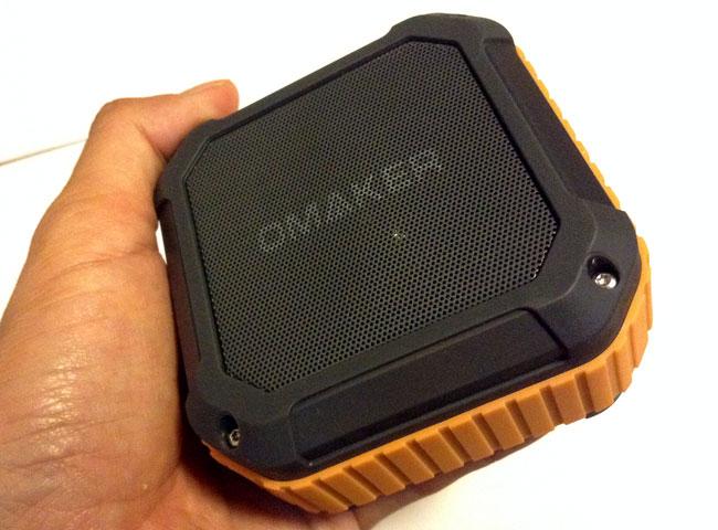 Omaker M4の本体