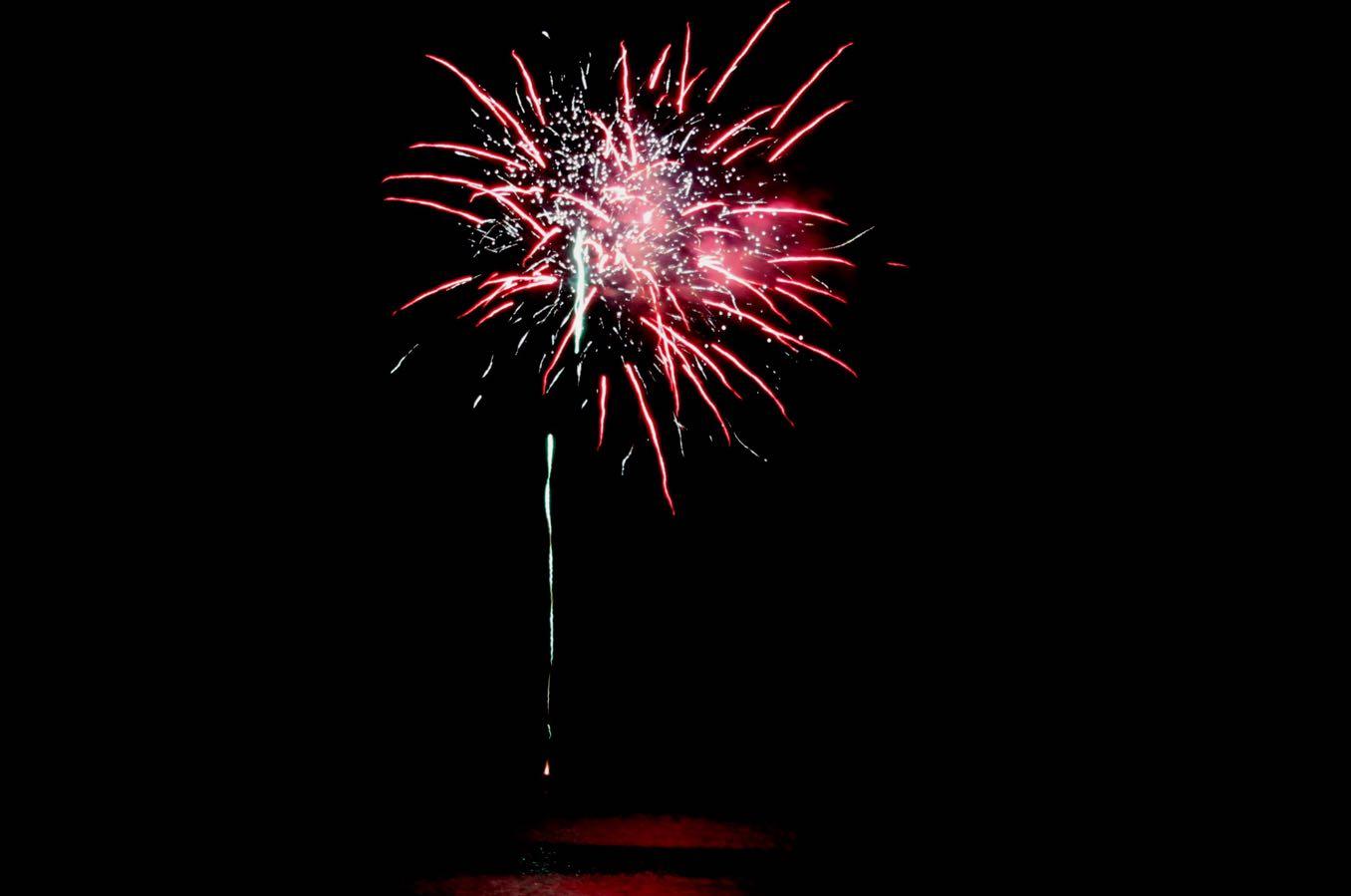 サーモンフェスティバルの花火