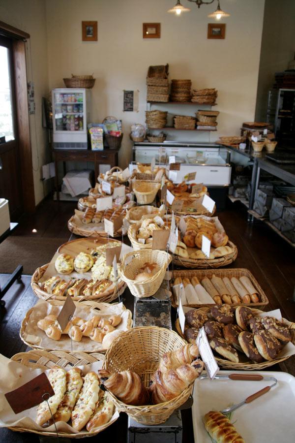 こんな感じにいろんなパンがおいてあります