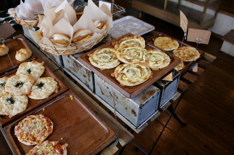 どう見てもおいしそうなピザ系のパン