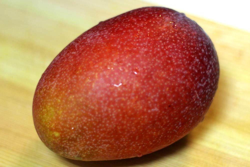 マンゴーの鮮やかな色が好き