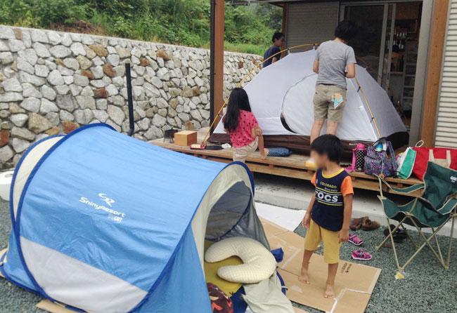 テントをお借りしてお庭でキャンプ