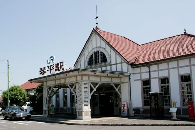 JR琴平駅はなかなか良い感じ