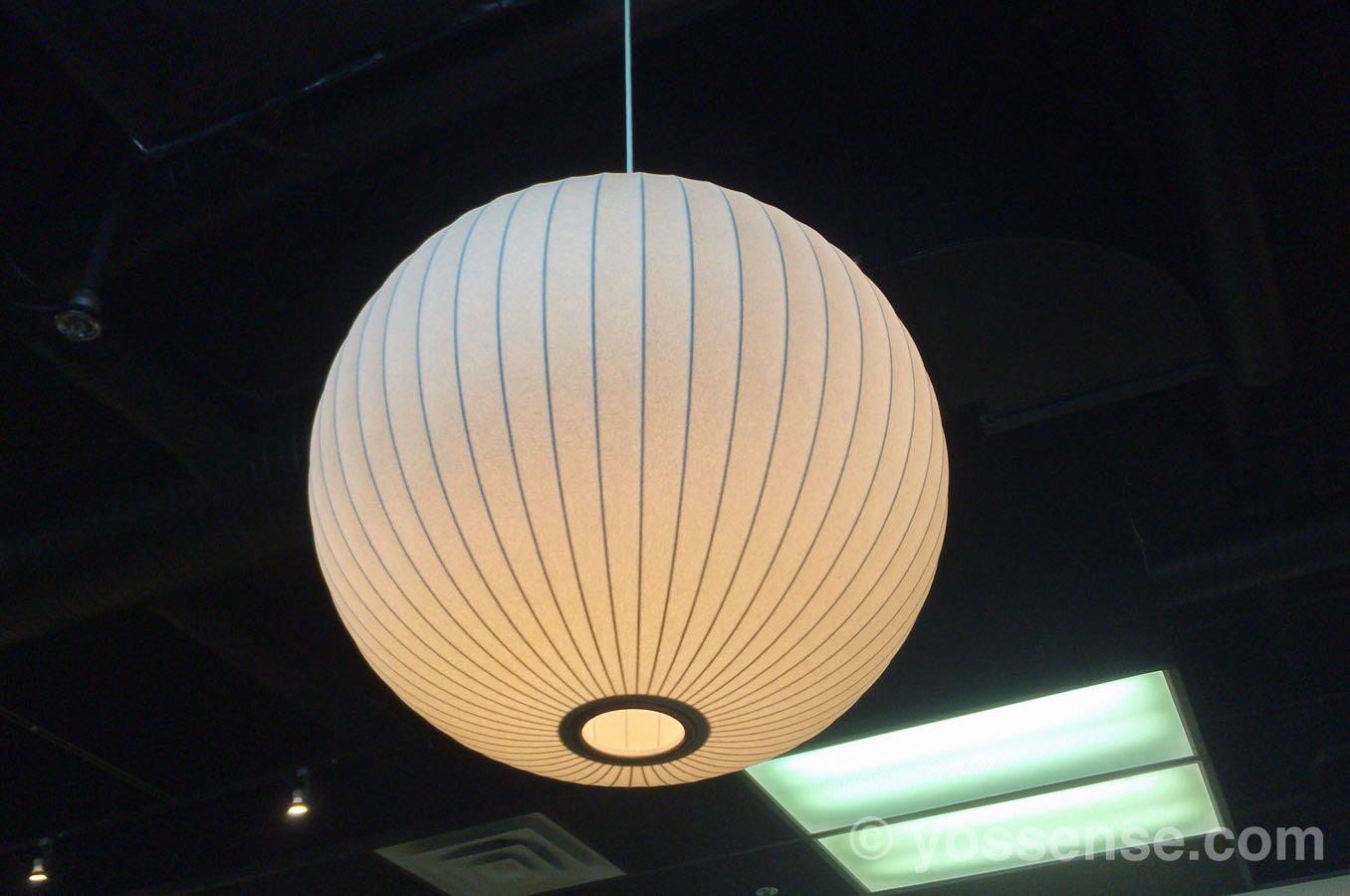 抹茶カフェ舞妓 リッチモンド店の照明