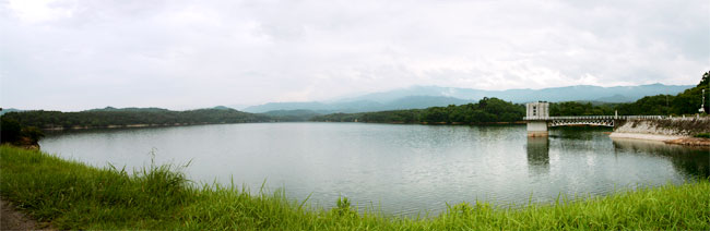 満濃池のパノラマ写真
