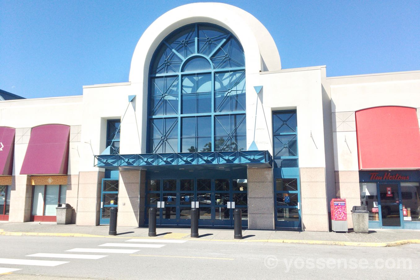 リッチモンドセンターの外観