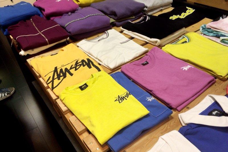 Stussy のTシャツ
