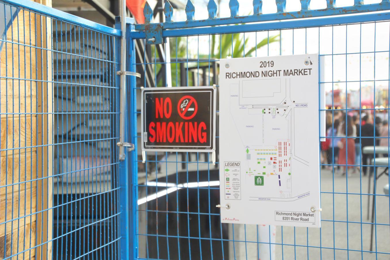 屋台も完全禁煙です