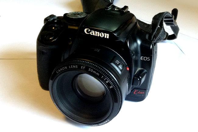 単焦点レンズ(50mm)は小さい