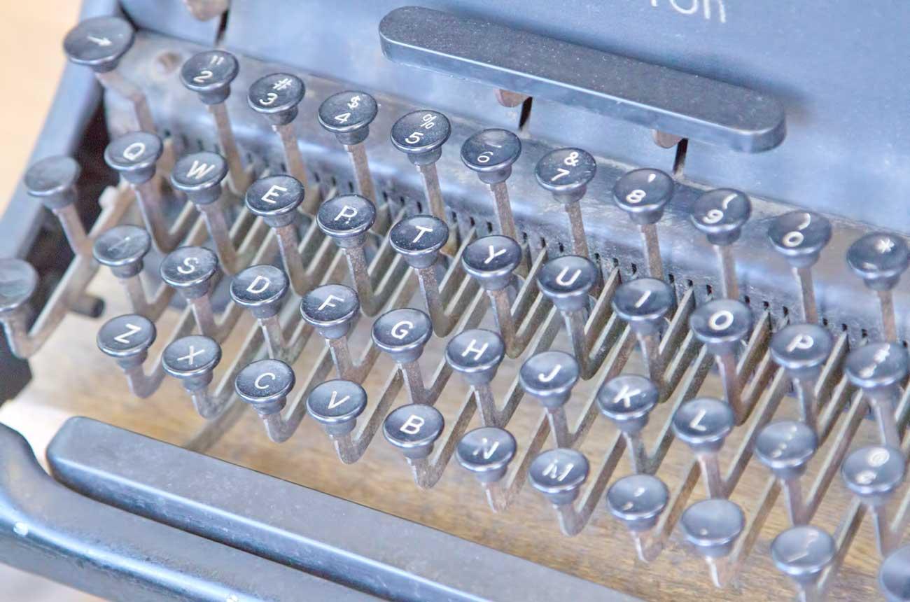タイプライター(typewriter)