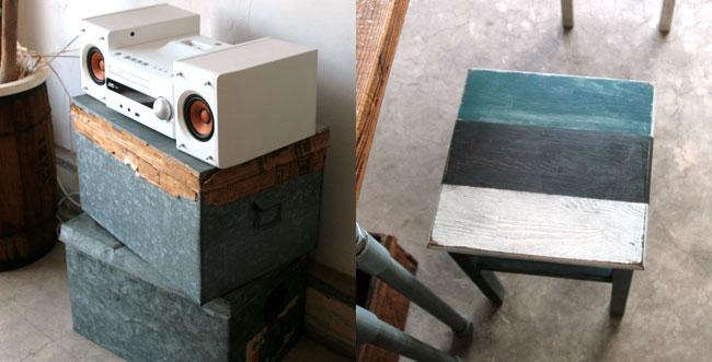 コンポと椅子