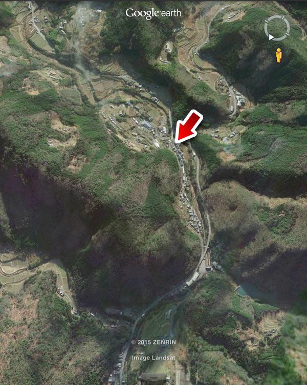 衛星写真で見るとこんなところ