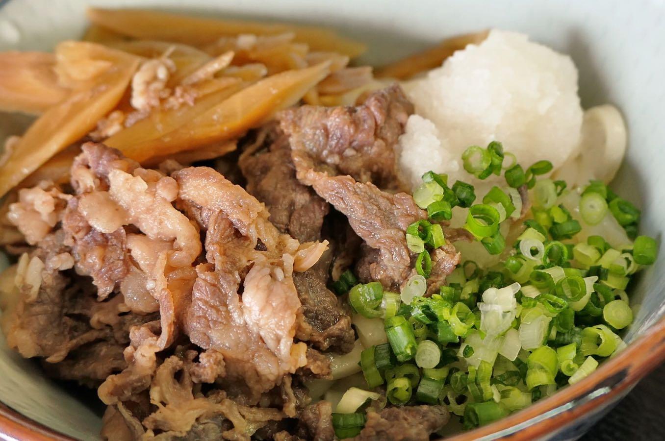 肉ぶっかけ(550円)