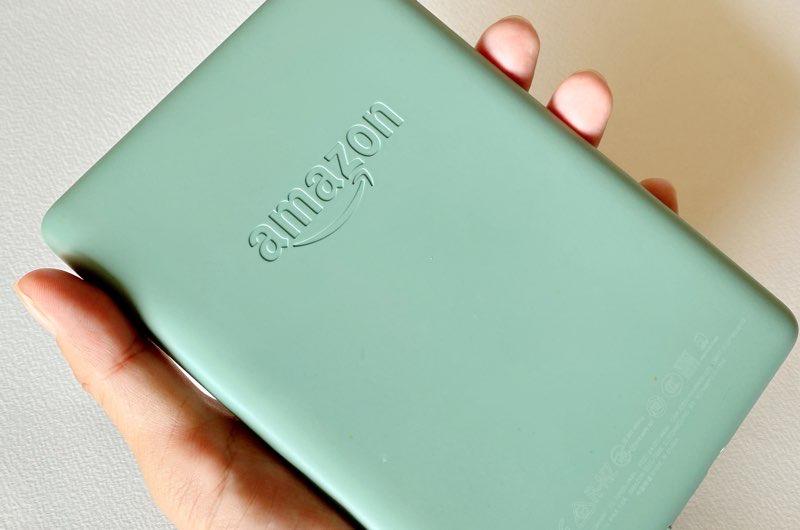 緑色のKindle Paperwhiteを購入した!