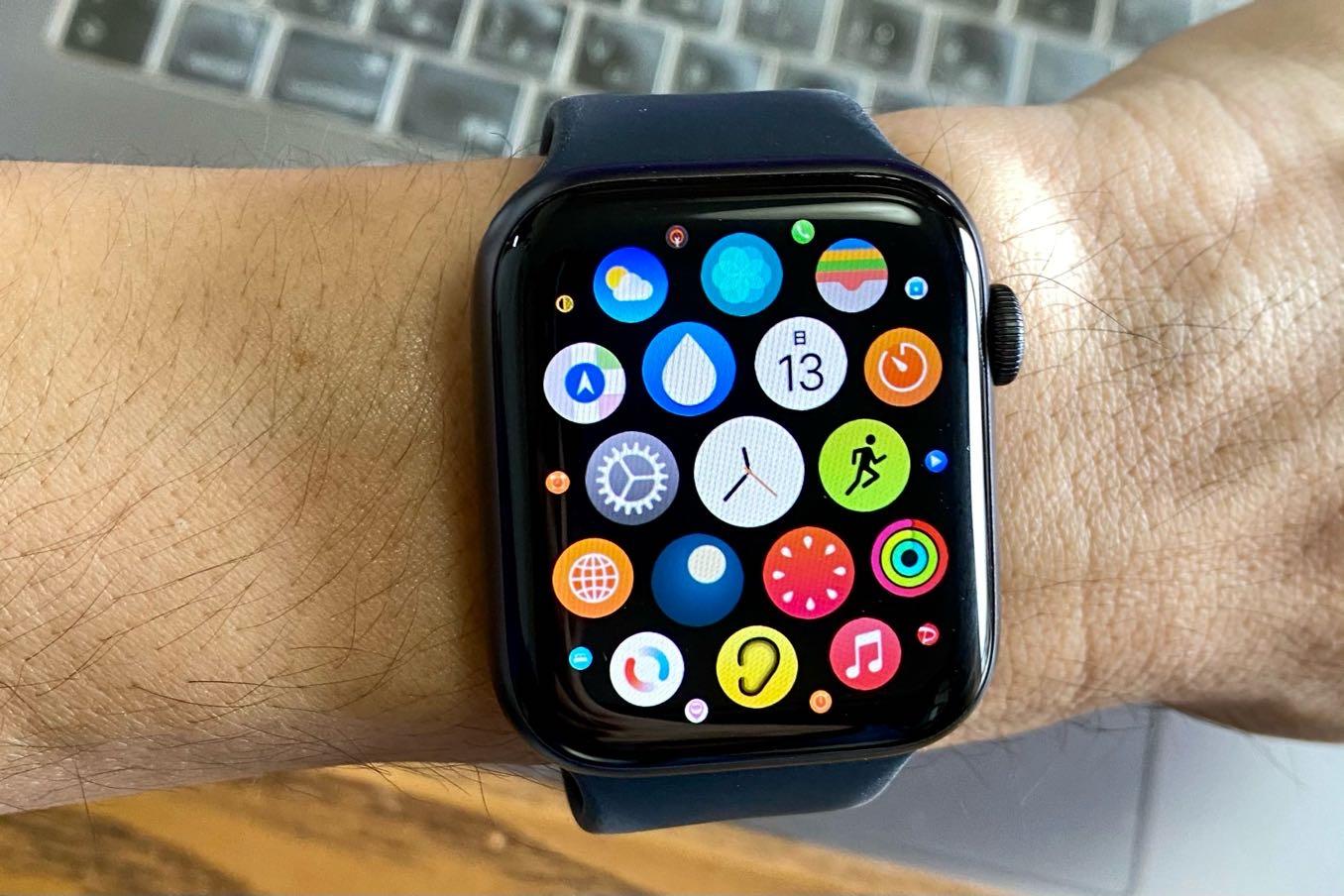 Apple Watchは画面が小さすぎる