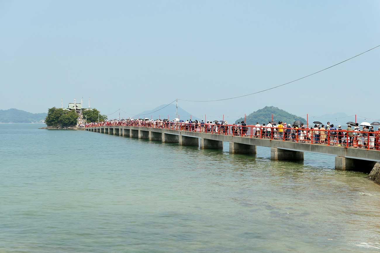 夏季大祭の2日間だけ賑わっている津島神社