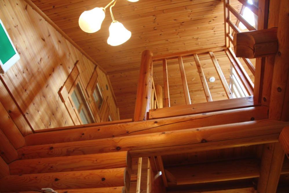 二階に登ろう
