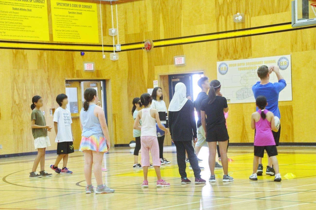 カナダのバスケットボールプログラムに参加