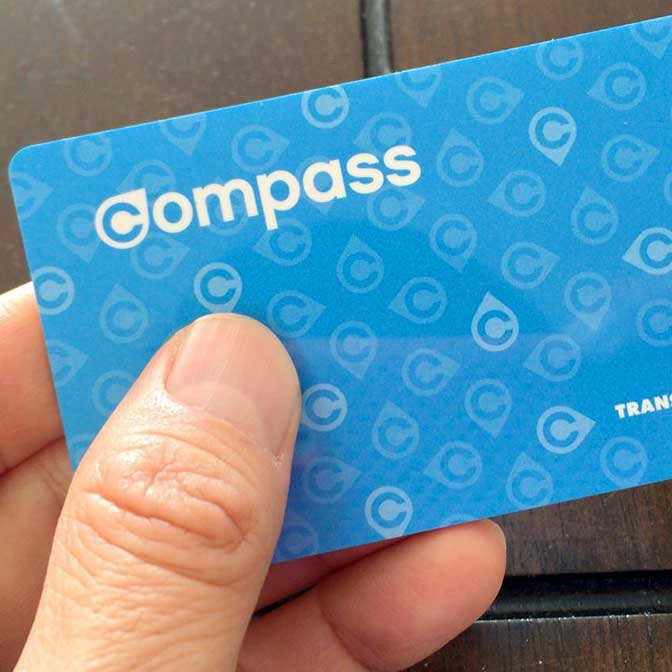 [カナダ]Suicaのバンクーバー版「コンパスカード」があれば電車もバスも楽々になるよ!