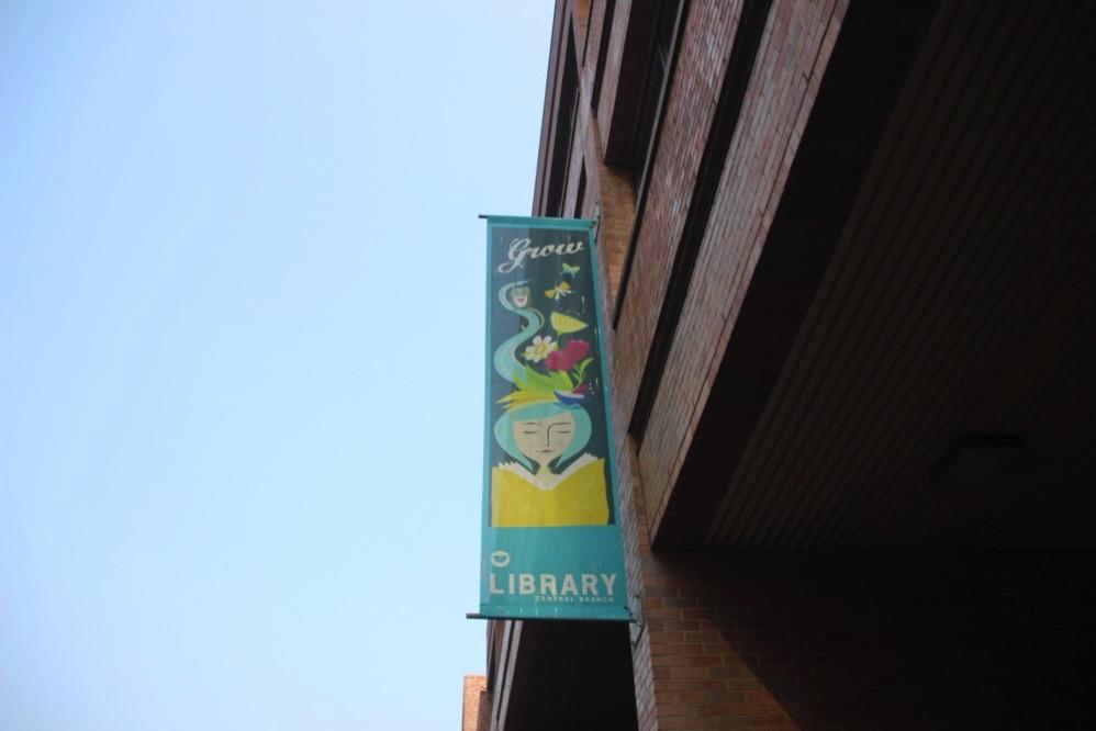 図書館ののぼり?