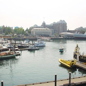 [カナダ]ビクトリアのインナーハーバー(Inner Harbour)の見どころを紹介するよ!