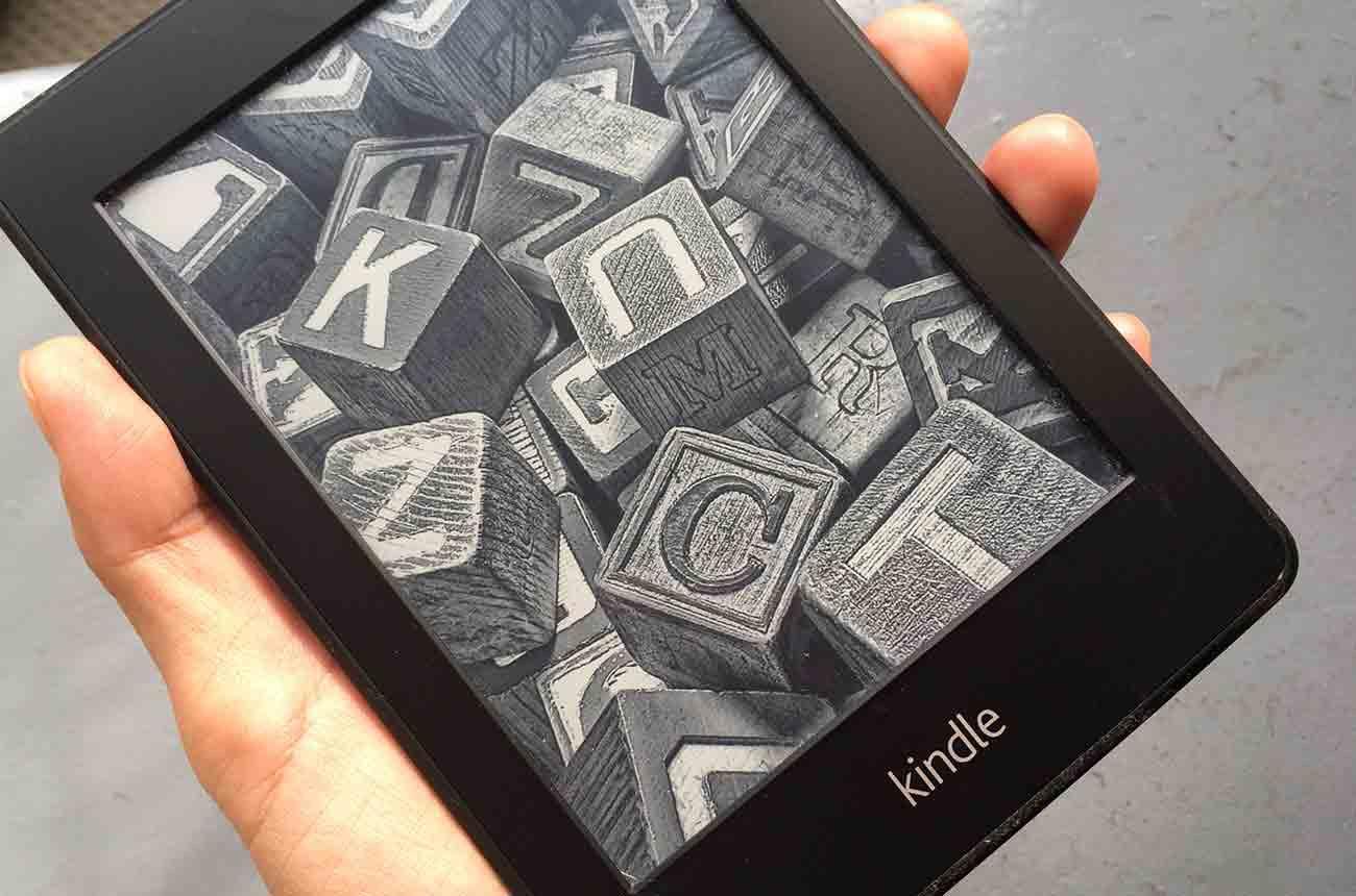 Amazonの電子書籍リーダー「Kindle(キンドル)」