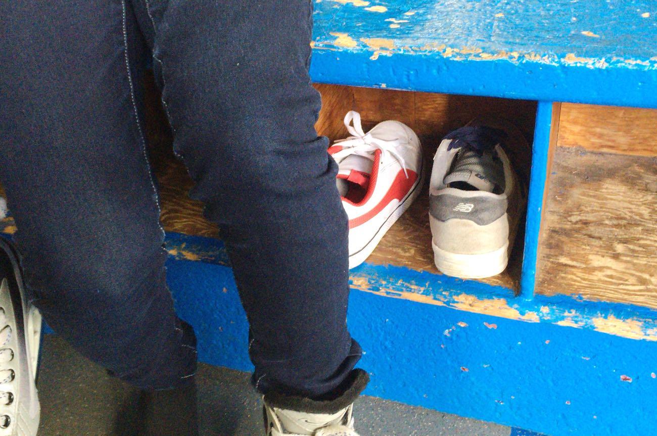 脱いだもう片方の靴