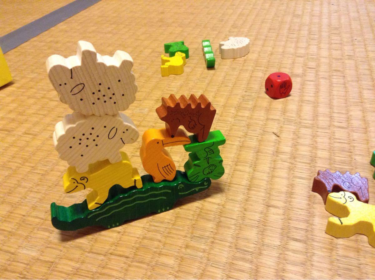 動物たちを積み上げていくゲーム
