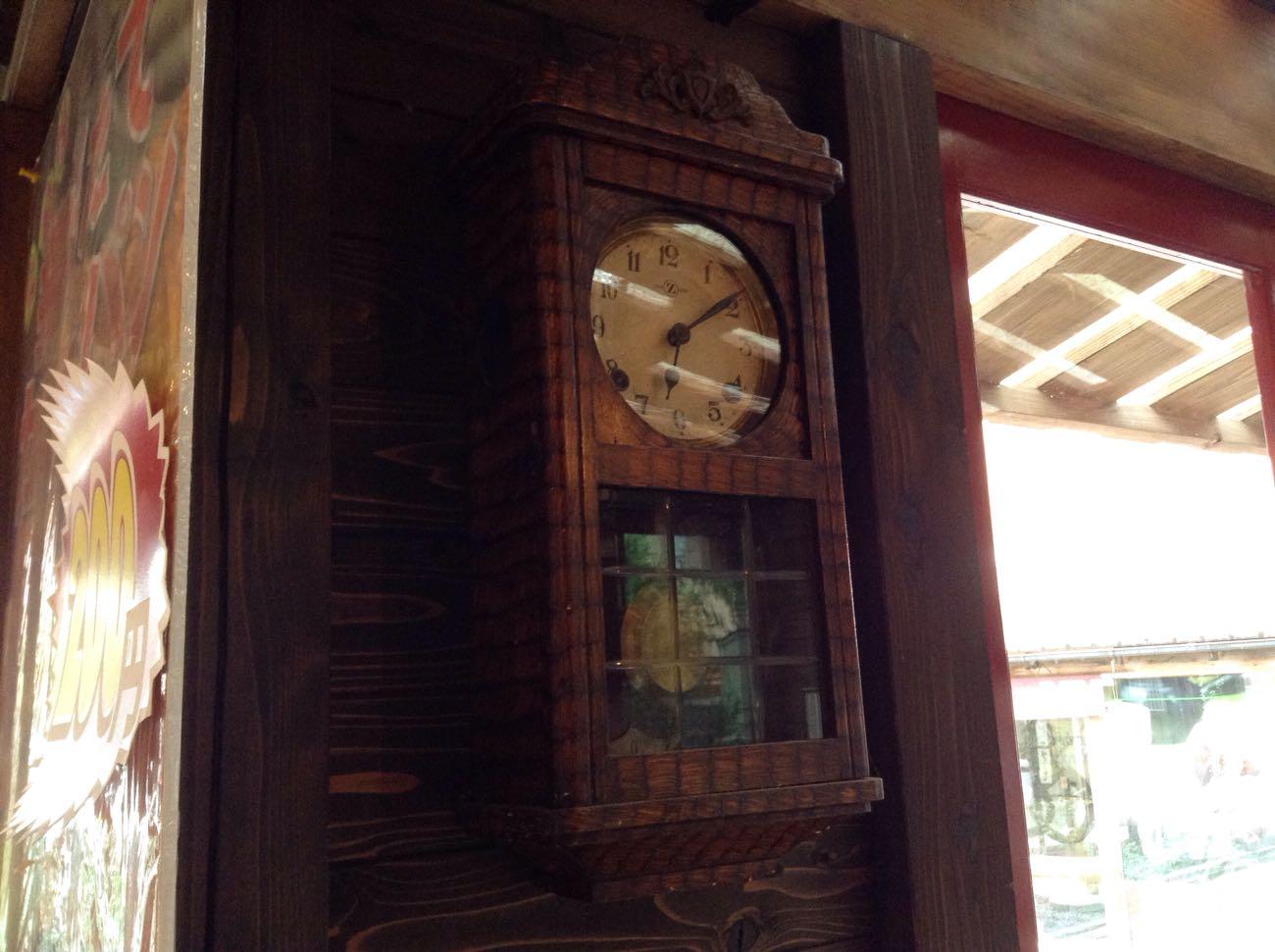 柱時計があります