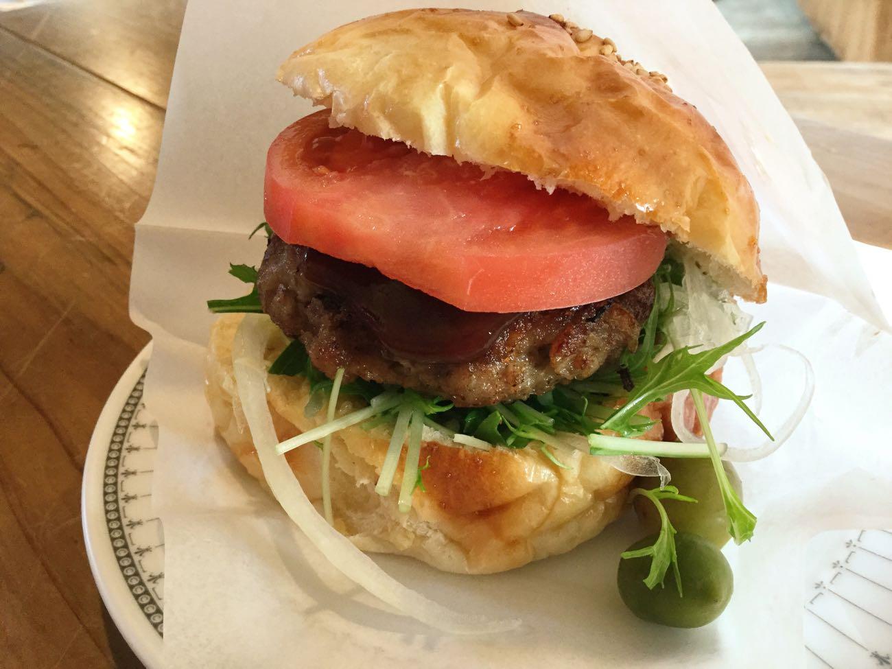 小豆島オリーブ牛ハンバーガー