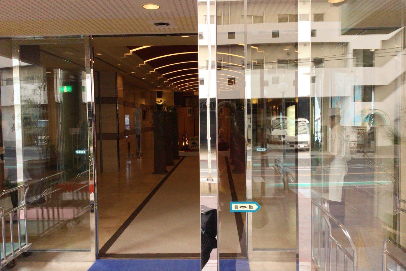 ベイリゾートホテル小豆島に入ります