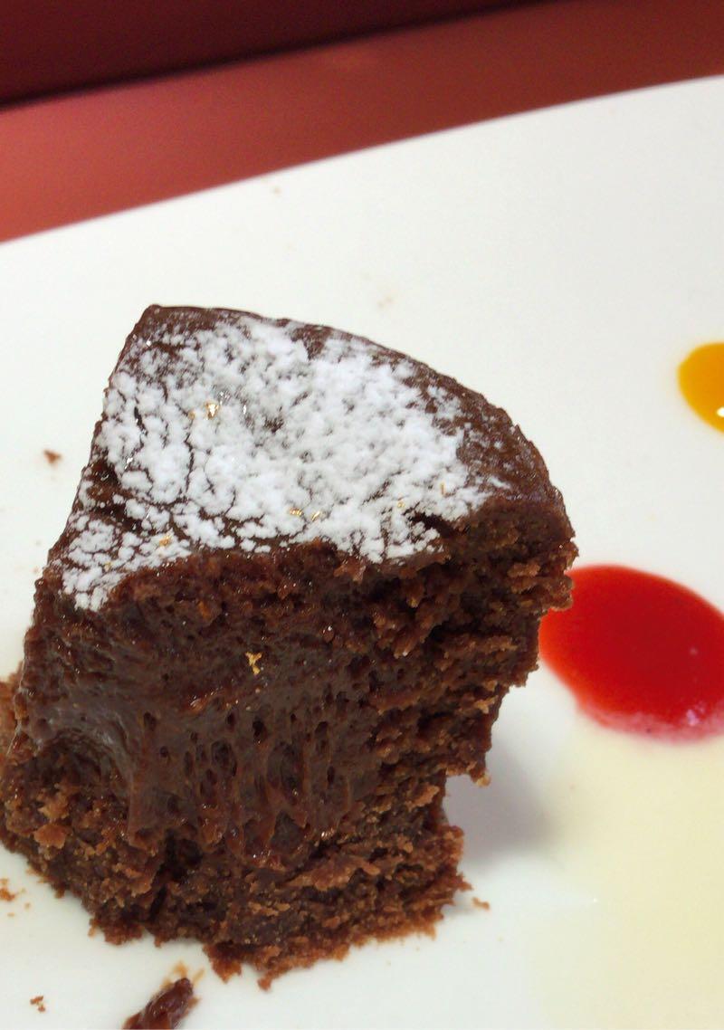 チョ……チョコケーキがウマかった