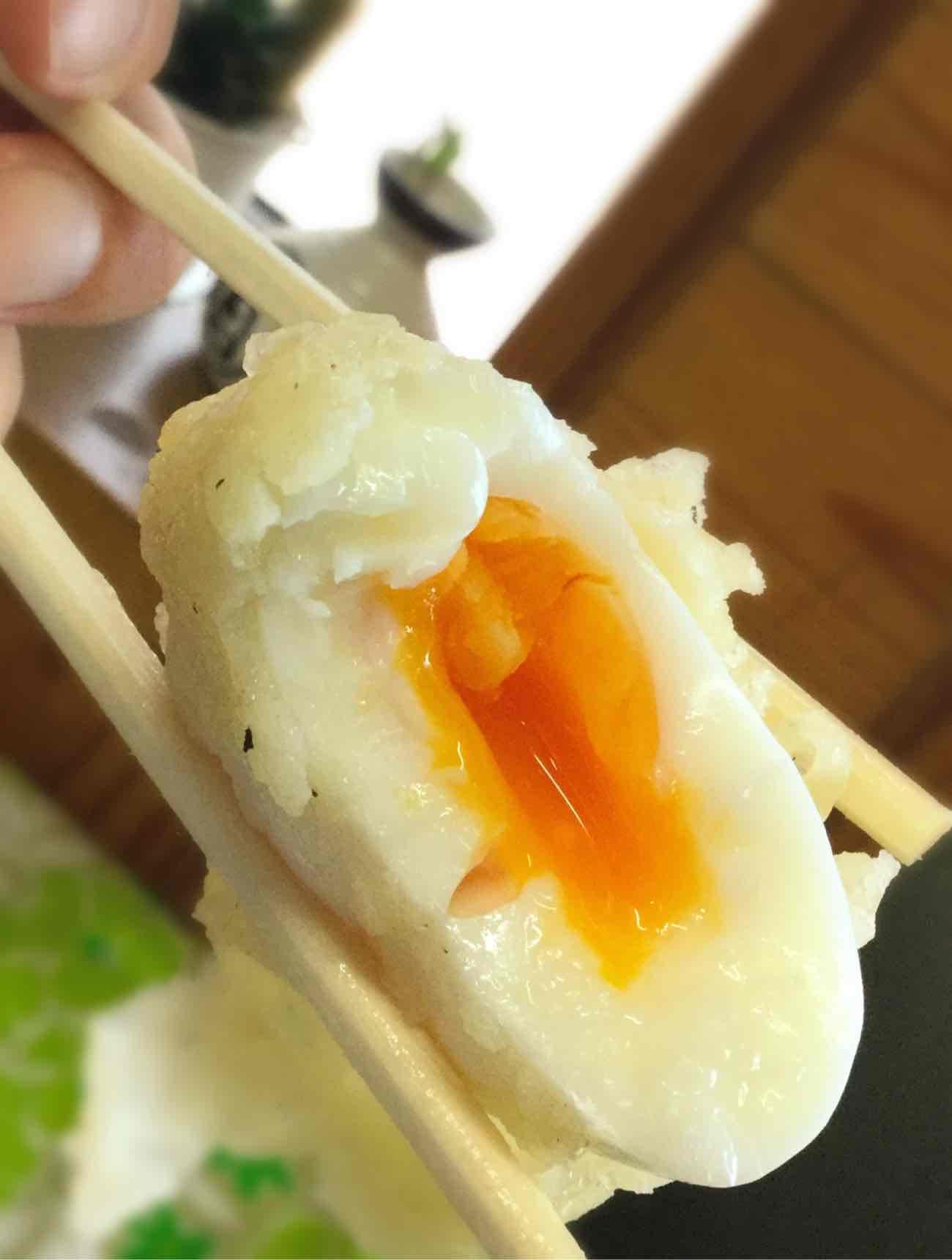 ゆでたまごの天ぷら(半熟)