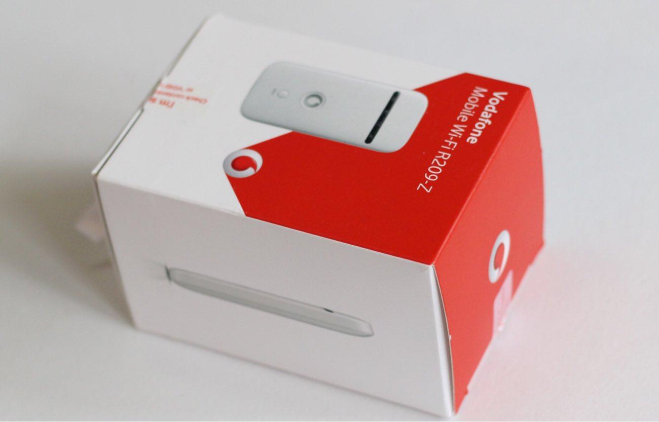 ボーダフォンのポケットWiFiの箱
