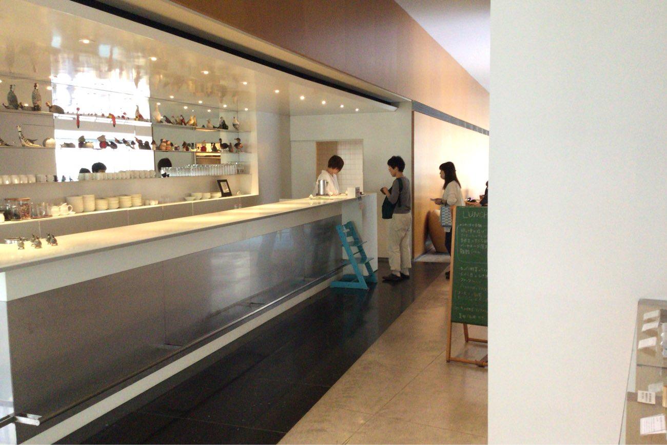 カフェレストMIMOCAに入ったところ
