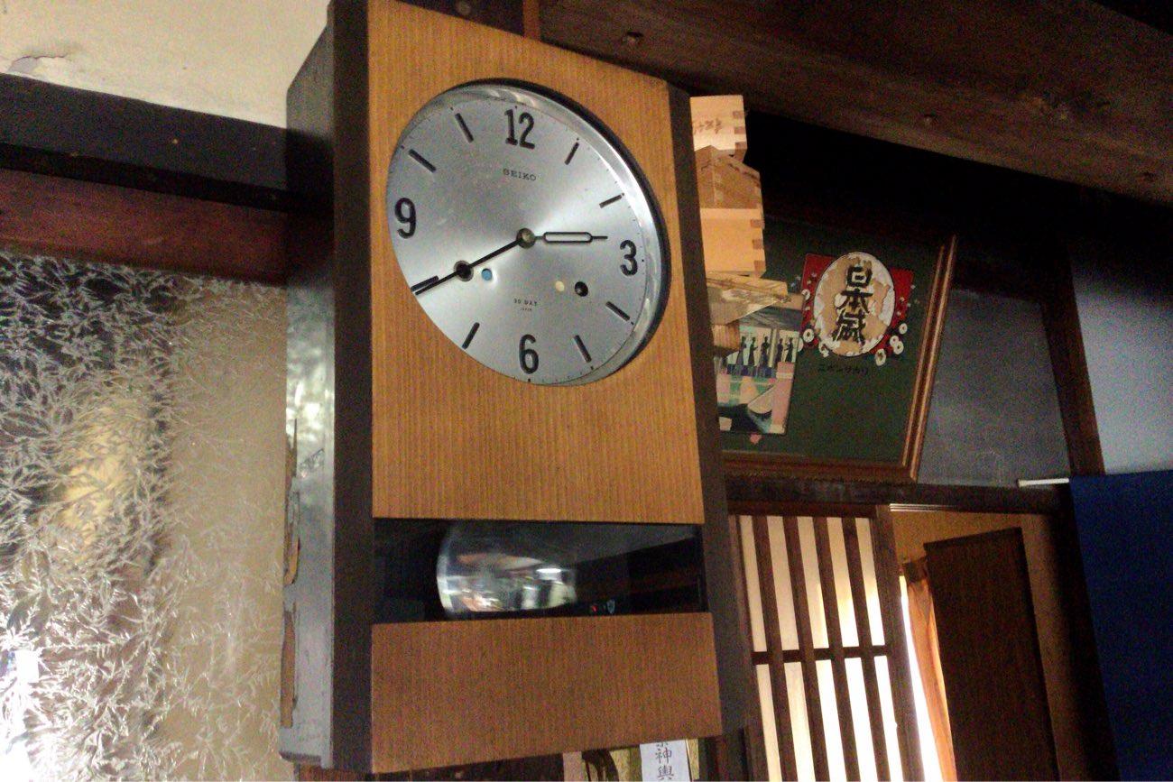 サリサリの柱時計