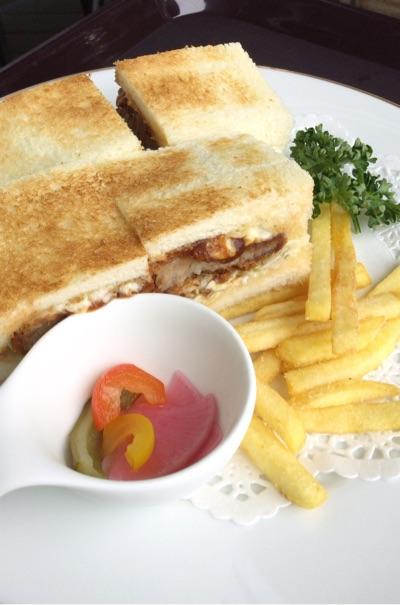 オリーブ豚のポークカツサンドイッチ
