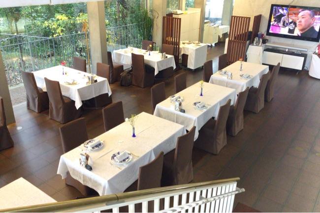 地下は神椿のレストラン