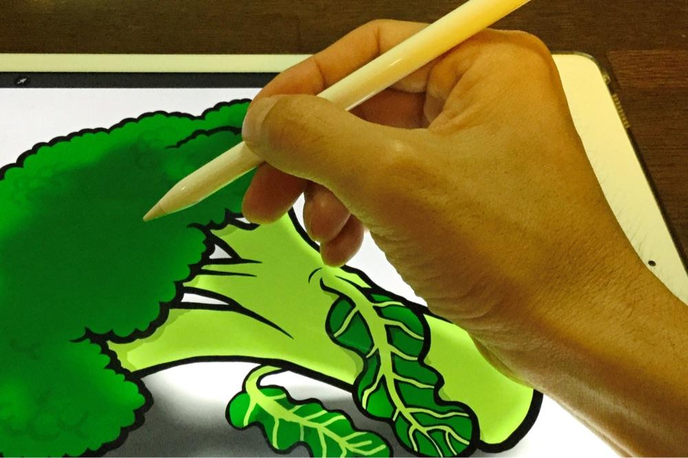ブロッコリーのイラストを描いている図