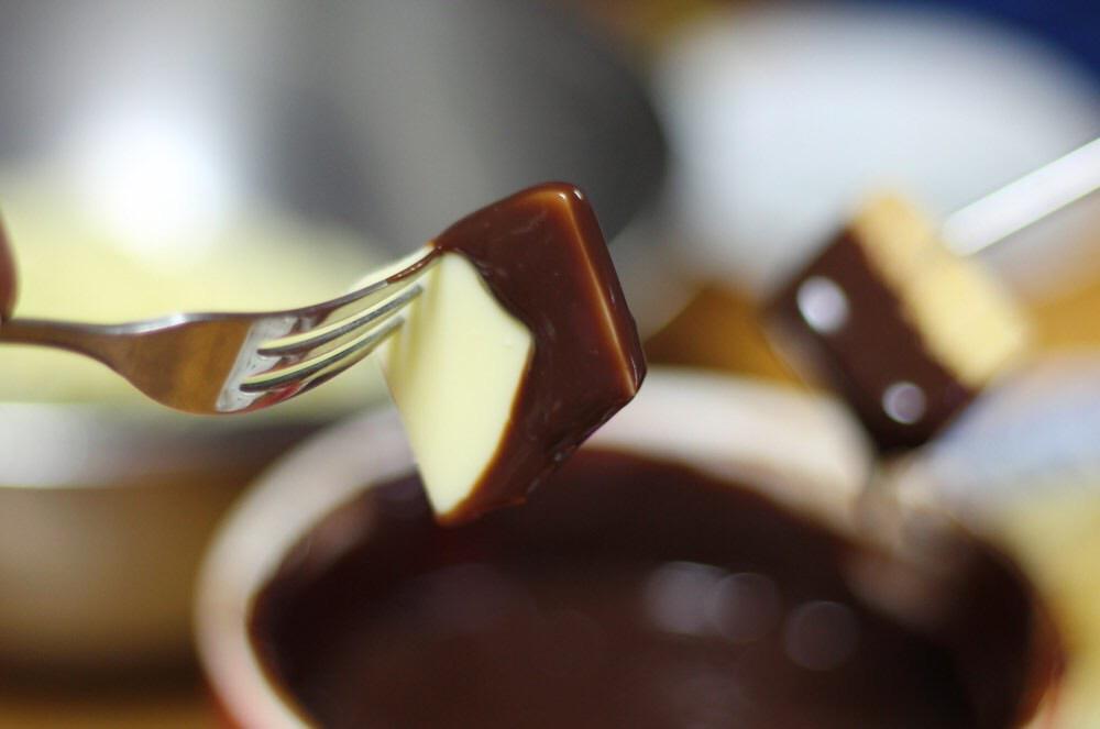 チョコフォンデュにチーズ