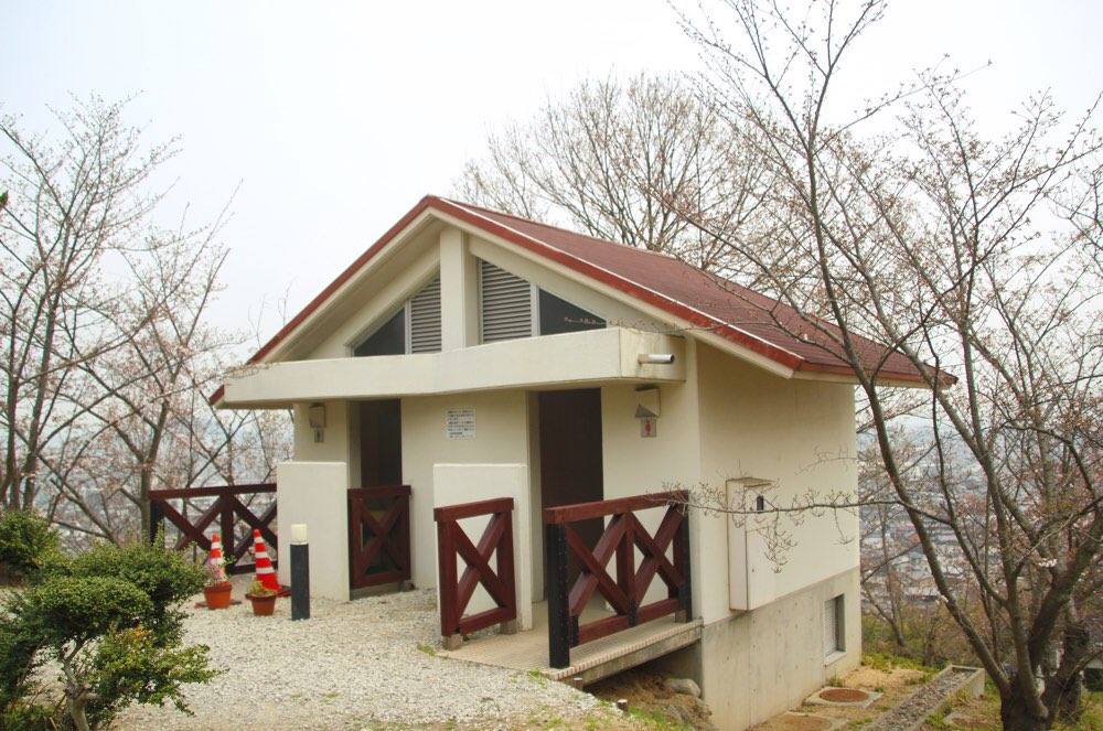 「出逢いの広場」のトイレ