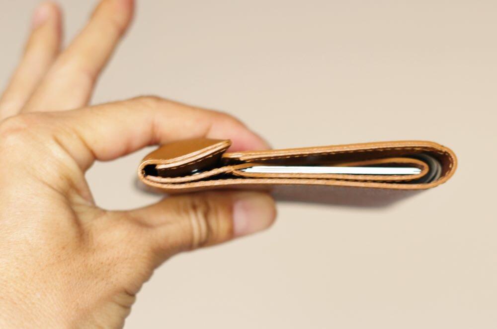 「薄い財布」に中身を精査して入れた