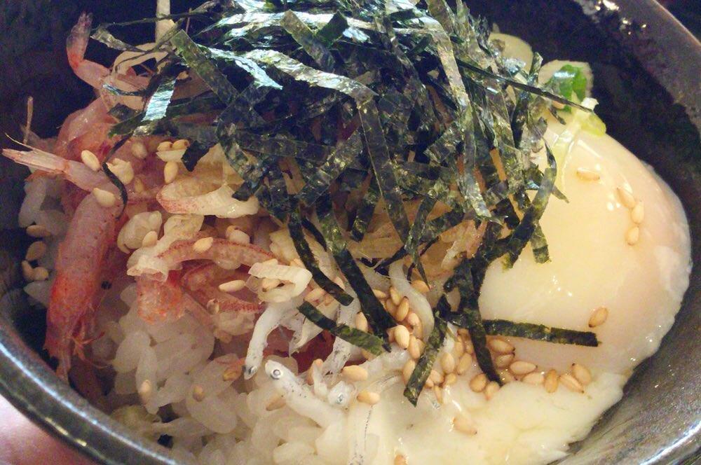 桜えびとしらすの三色丼