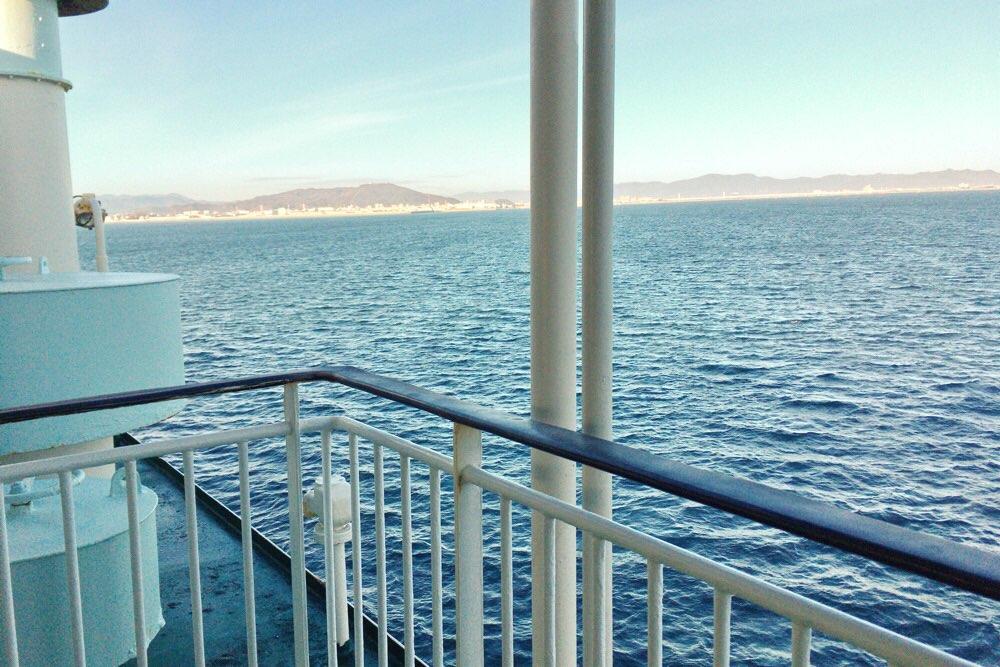 冬の甲板は寒いよ