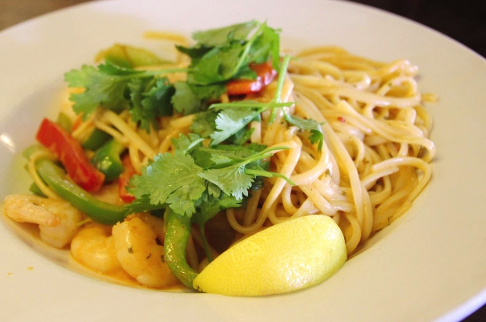 Red Thai Curry Linguine with Prawns or Chicken